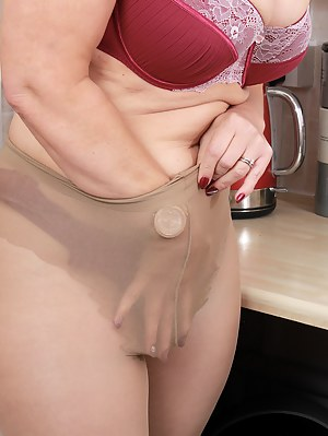 Pantyhose Porn Pictures