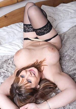 Mature Porn Pictures